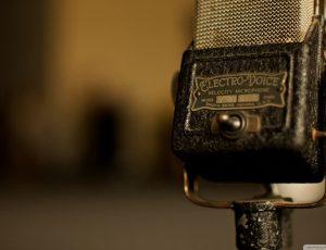 vintage_microphone-wallpaper-1920x1080